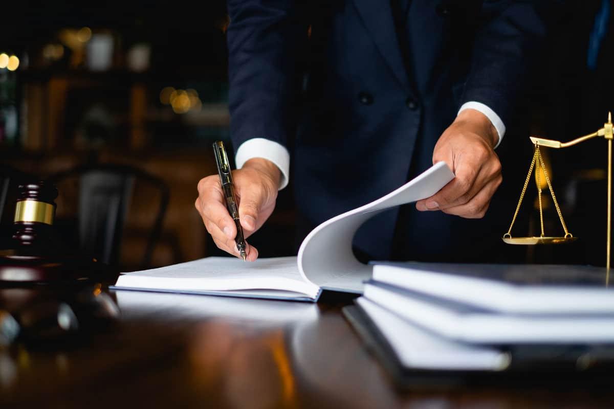 Plná moc a ověření podpisu při prodeji nemovitosti