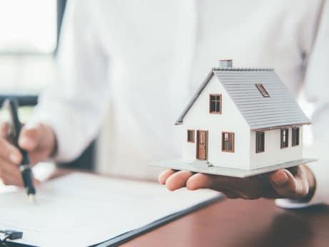 Trvalé bydliště při prodeji bytu
