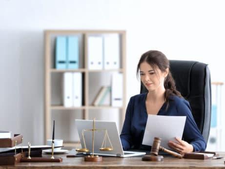 Advokátní úschova